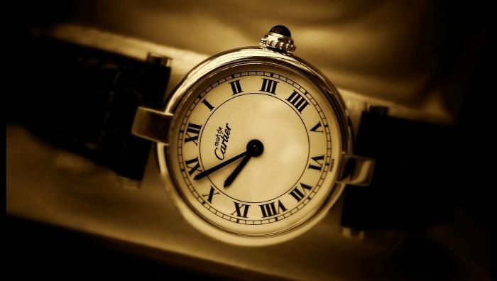Trh s klasickými hodinkami čelí konkurenci nejen quartzových a digitálních  hodinek 0c3c1fe46e